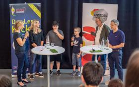 Lese-Kicker_3a_Preisverleihung_Jury_TW-weit