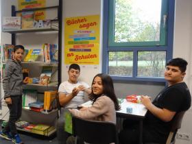 BsW_Schulen_Oberursel-Tisch